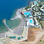 Photo de Nana Beach Hotel