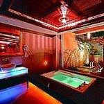 印石時尚旅館