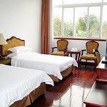 Basdy Villa Hotel