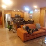 Room002 Liberty Suite