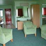 Mackenzie Units Motel