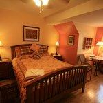 Eva bedroom