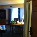 PHOTO OF THE ROOM IN THE MORNING