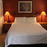 1 Bedroom Suite plus Alcove - Bedroom