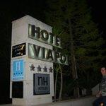 HOTEL NH VIAPOL    par Gabriel Louis Fernand