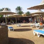 ristorante fra piscina e spiaggia