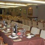 Restaurante Nautico Panxon -el comedor preparado para un evento