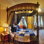 Room 8 Montclare