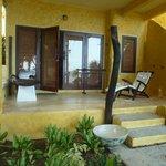 chambre RDC avec terrasse sur mer