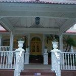 entrada principal al hotel
