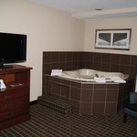 King Suite Jacuzzi Tub 2013
