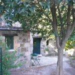 """Vue de notre petit """"cottage"""" de l'extérieur"""