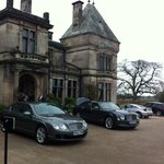 unsere Bentley Fahrer vor Rookery Hall