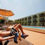 Lugnt och skönt poolområde