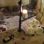 Romance Cabin tile & rock soaking tub