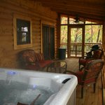 Morning Glory Hot Tub / Screened In Porch