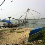 Chinese fishing nets just a short walk from Sajhome