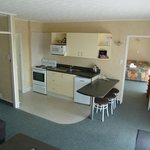 Spacious two bedroom unit - sleeps 2-6