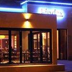Nikos Tavern