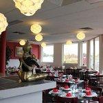 Foto de Two Sisters Lao Thai Restaurant