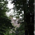 Vista delle mura del Castello