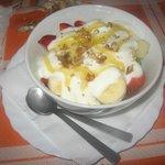 Macedonia di frutta fresca, preparata sul momento