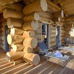 Aussenbereich der Blockhaus- Sauna