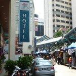 Lotus Hotel und Night Market