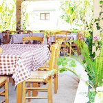 Φωτογραφία: The Old House Restaurant
