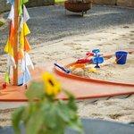 Piratenschiff-Sandkasten für Ihre Kinder