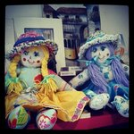 Handmade dolls, by a lovely old lady, Lucinda, our neighbour in Alfama! :)