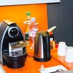 En chambre supérieur, vous apprécierez la machine Nespresso pour un café en chambre
