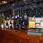 Il banco e la cantina dei vini