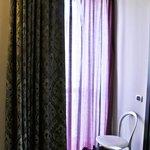 finestra della camera - tende oscuranti - tende luce soft