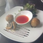 smoked applewood cheese and mushrooms with sweet chilli dip ,