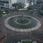 Plaza Indonesia with fountain