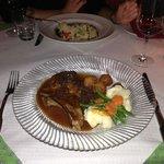 La Provence Kalbskotelette mit Morchelrahmsouce