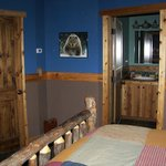 Photo de Blonde Bear Bed And Breakfast