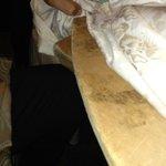 4* Hotel schaut die tische an eine holzplatte für den tisch verlengern