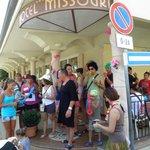 Festa in maschera di Ferragosto all'hotel Missouri Bellaria Igea Marina