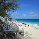 Spiaggia direttamente collegata al resort