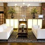 Hotel Rodney Lobby