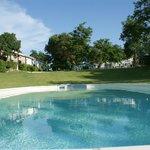 piscina vicino ristorante