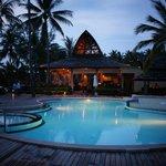 piscina e bar