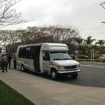 送迎バスです 車内でも無料の無線LANの使用が可能です。