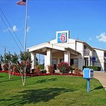 Motel 6 Dallas - De Soto Lancaster
