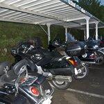 Parking Moto de Millau Hôtel Club (Relais Motards)