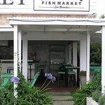 Fish Market Manantiales