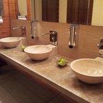 Toilettes femmes : très joli et toujours propre