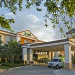 Holiday Inn Express Hotel & Suites New Orleans Airport South